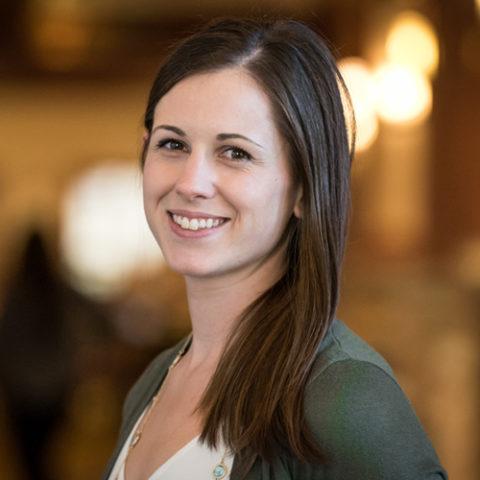 Dr. Kati Glass